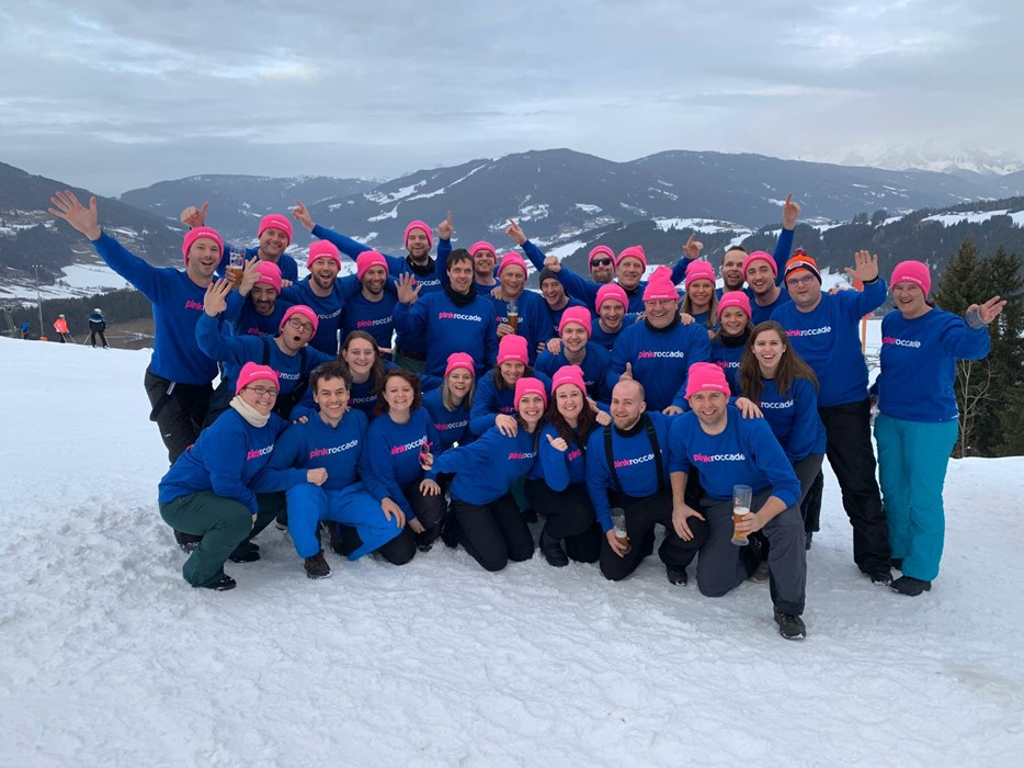 Groepsfoto ski trip PZ 2020.jpg